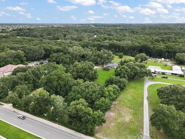 635 County Road 466A, Fruitland Park, FL 34731 (MLS #G5043769) :: CENTURY 21 OneBlue
