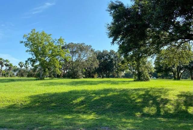 Lot 70.   Royal Palm Drive, Groveland, FL 34736 (MLS #G5044531) :: Globalwide Realty