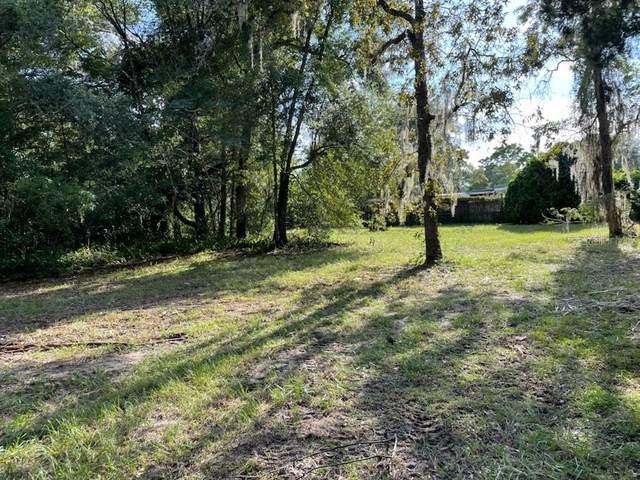 1946 Lynn Avenue, Fruitland Park, FL 34731 (MLS #G5044820) :: Team Turner