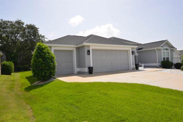 3227 Burns Drive, The Villages, FL 32163 (MLS #G5046150) :: Global Properties Realty & Investments