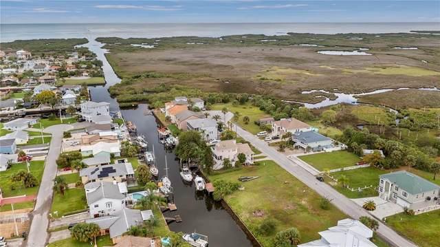 7332 Gulf Way, Hudson, FL 34667 (MLS #G5047060) :: Delgado Home Team at Keller Williams