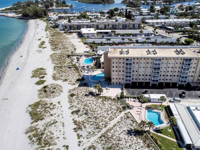 1255 Tarpon Center Drive #303, Venice, FL 34285 (MLS #N6101252) :: Team Bohannon Keller Williams, Tampa Properties