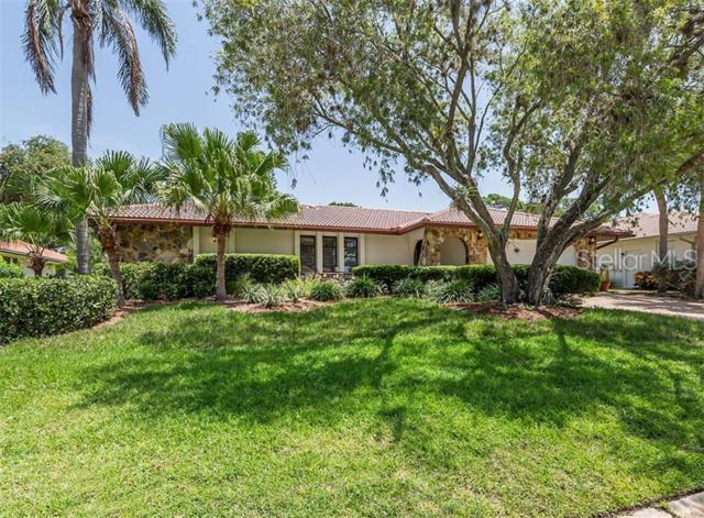 152 Dory Lane, Osprey, FL 34229 (MLS #N6106046) :: The Comerford Group