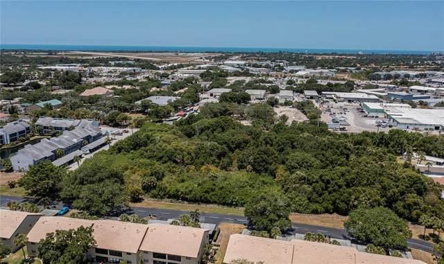1321 Cortina Boulevard, Venice, FL 34285 (MLS #N6115597) :: Armel Real Estate