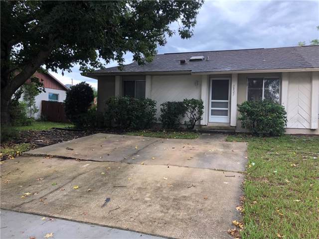 2827 Coral Reef Drive, Orlando, FL 32826 (MLS #O5788329) :: Team Bohannon Keller Williams, Tampa Properties