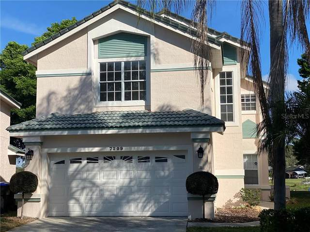 7209 Bay Club Way, Orlando, FL 32835 (MLS #O5844720) :: Mark and Joni Coulter | Better Homes and Gardens