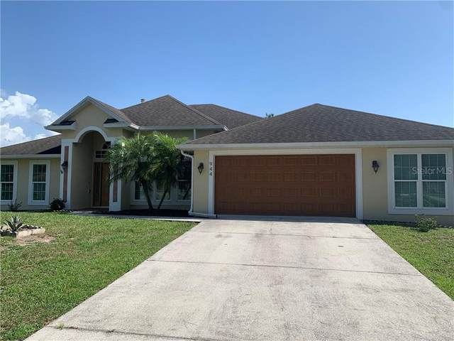 944 Prescott Boulevard, Deltona, FL 32738 (MLS #O5855990) :: CENTURY 21 OneBlue