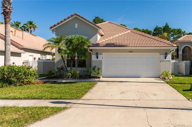 13454 Lake Turnberry Circle, Orlando, FL 32828 (MLS #O5863945) :: Carmena and Associates Realty Group