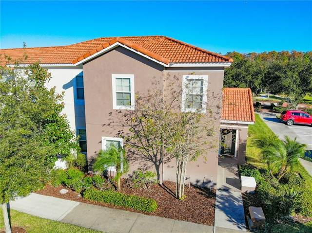 1001 Las Fuentes Drive, Kissimmee, FL 34746 (MLS #O5872196) :: Griffin Group