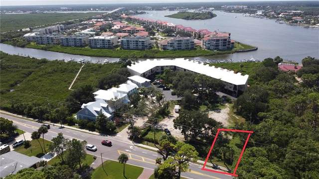 512 S Peninsula Ave, New Smyrna Beach, FL 32169 (MLS #O5900703) :: Premium Properties Real Estate Services