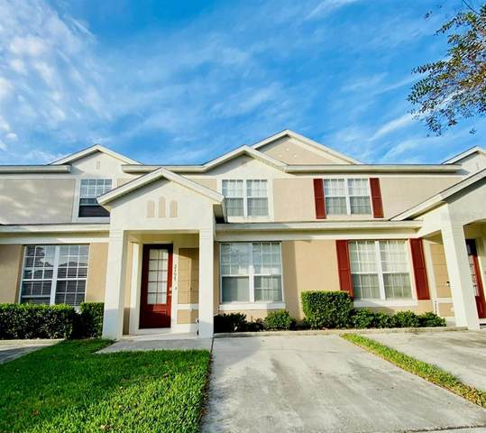 2397 Silver Palm Drive, Kissimmee, FL 34747 (MLS #O5902659) :: Bridge Realty Group