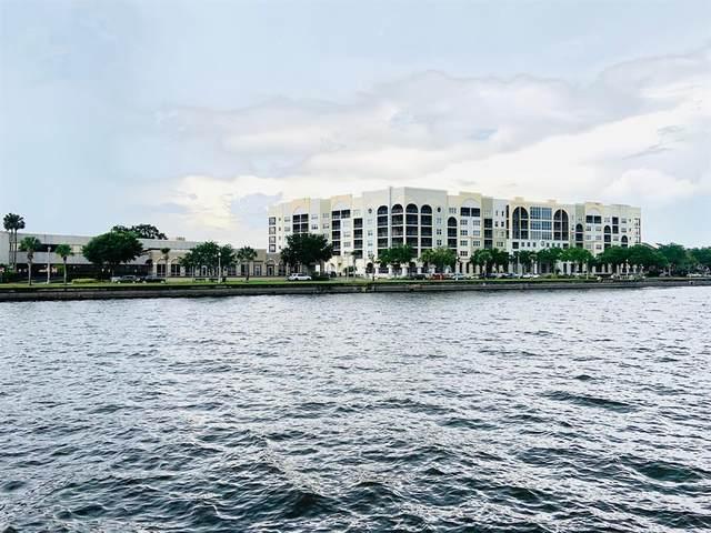 225 W Seminole Boulevard #213, Sanford, FL 32771 (MLS #O5950892) :: Sarasota Home Specialists