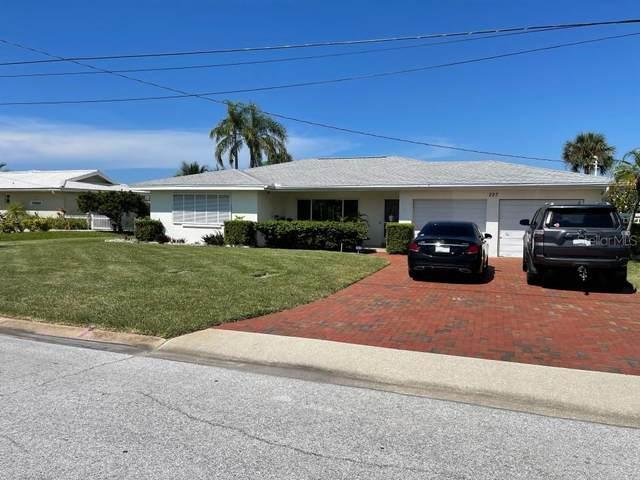 227 Howard Drive, Belleair Beach, FL 33786 (MLS #O5973547) :: Heckler Realty
