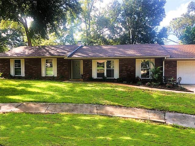 4 Wooden Shoe Lane, Longwood, FL 32750 (MLS #O5973611) :: Bob Paulson with Vylla Home