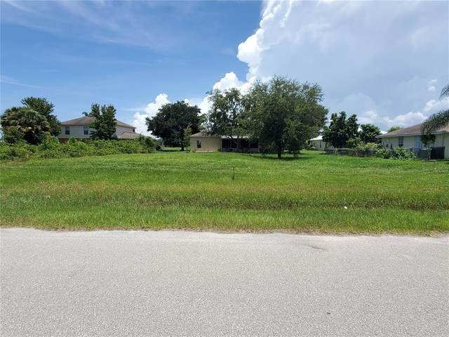 824 SE 38TH Avenue, Okeechobee, FL 34974 (MLS #OK220425) :: Vacasa Real Estate