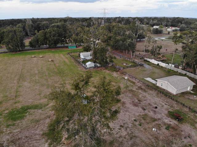 7730 SE 147th Place, Summerfield, FL 34491 (MLS #OM569048) :: The Light Team