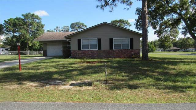 445 Spring Drive, Ocala, FL 34472 (MLS #OM625785) :: Bustamante Real Estate