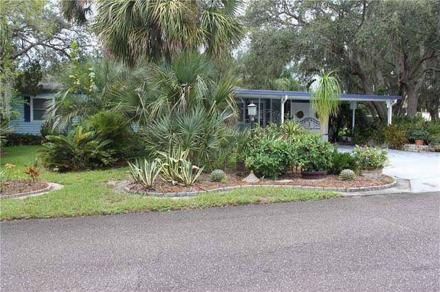 7059 Tamarind Drive, Lake Wales, FL 33898 (MLS #P4912060) :: Alpha Equity Team