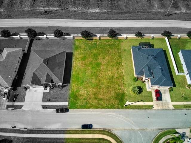 137 Viola Drive, Auburndale, FL 33823 (MLS #P4912324) :: Pepine Realty