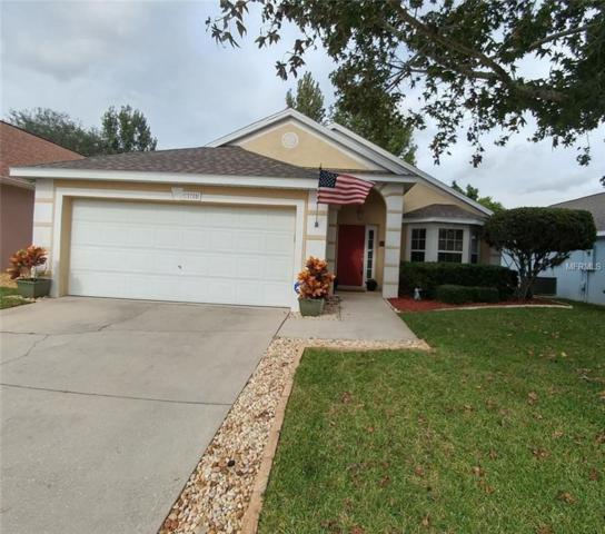 15755 Autumn Glen Avenue, Clermont, FL 34714 (MLS #S5009411) :: Revolution Real Estate