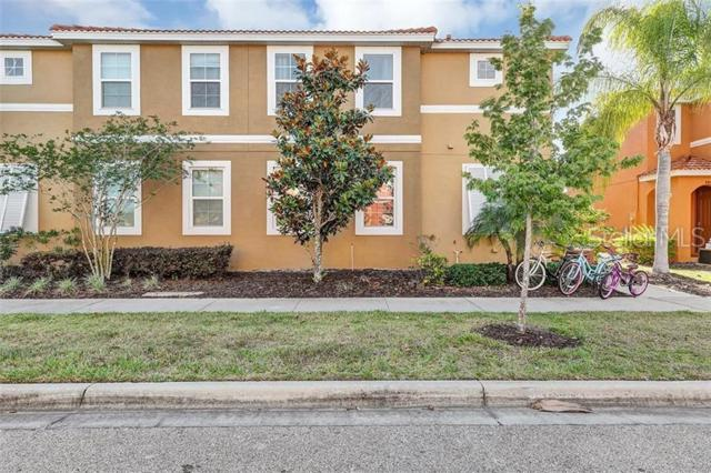 820 Las Fuentes Drive, Kissimmee, FL 34747 (MLS #S5018654) :: The Duncan Duo Team