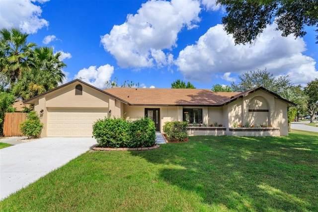 4919 Woodbreeze Court, Windermere, FL 34786 (MLS #S5040702) :: Pepine Realty