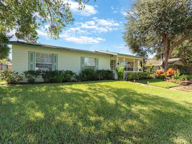 465 New Meadows Court, Ocoee, FL 34761 (MLS #S5058203) :: McConnell and Associates
