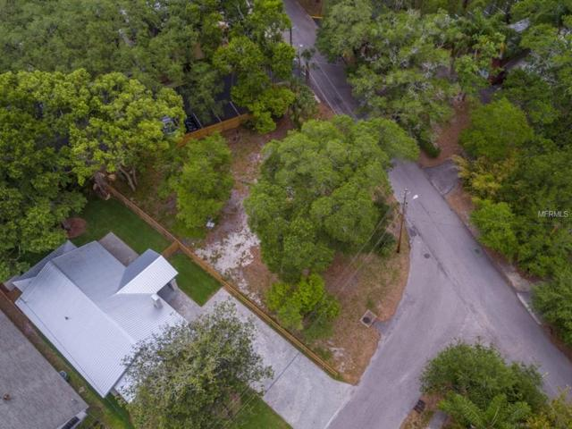 1012 W River Heights Avenue, Tampa, FL 33603 (MLS #T2884443) :: The Duncan Duo & Associates