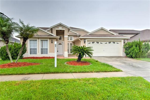 915 Lilac Trace Lane, Orlando, FL 32828 (MLS #T3120386) :: The Light Team