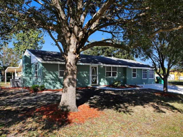 542 Lakemont Avenue NW, Port Charlotte, FL 33952 (MLS #T3148993) :: Griffin Group