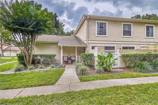 6205 Goldenmoss Way, Temple Terrace, FL 33617 (MLS #T3183028) :: The Duncan Duo Team