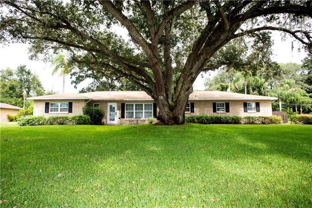 2810 Springdell Circle W, Valrico, FL 33596 (MLS #T3199647) :: The Duncan Duo Team