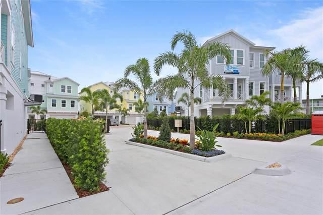 615 Sea Court #8, Dunedin, FL 34698 (MLS #T3291893) :: Frankenstein Home Team