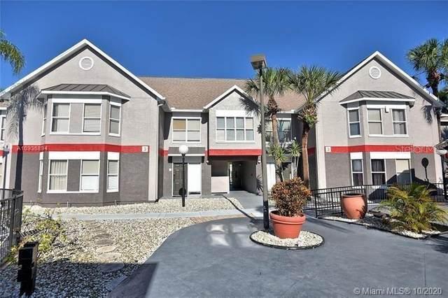 3100 Parkway Boulevard #733, Kissimmee, FL 34747 (MLS #T3312139) :: CGY Realty