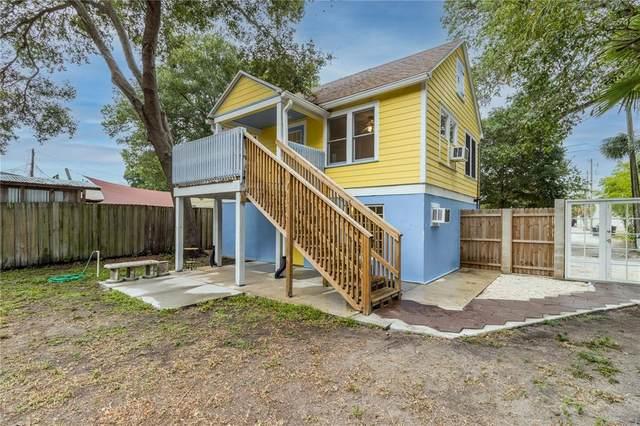 921 Jackson Street N, St Petersburg, FL 33705 (MLS #T3312518) :: Charles Rutenberg Realty