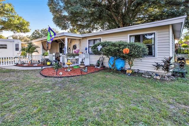 220 Emerald Lane, Largo, FL 33771 (MLS #T3336593) :: Everlane Realty