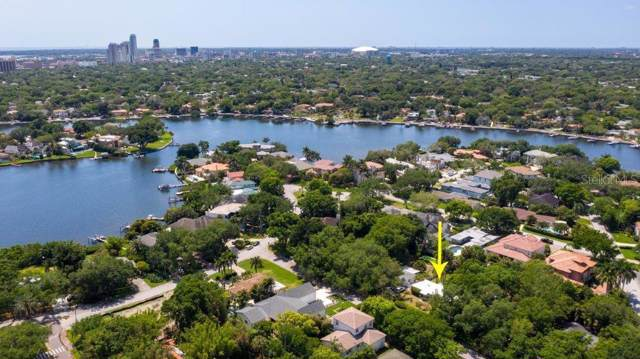 124 Laredo Way NE, St Petersburg, FL 33704 (MLS #U8041986) :: The Duncan Duo Team