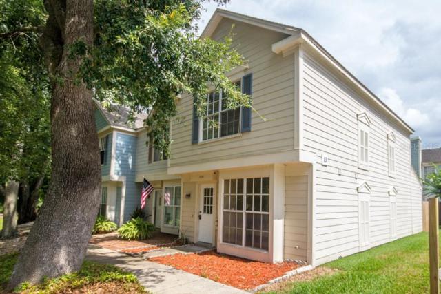 13949 Fletchers Mill Drive, Tampa, FL 33613 (MLS #U8048487) :: The Duncan Duo Team