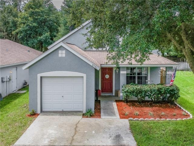 2541 E 150TH Avenue, Lutz, FL 33559 (MLS #U8049758) :: Cartwright Realty