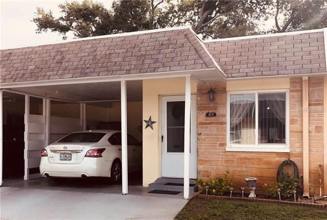 217 Skyloch Drive E, Dunedin, FL 34698 (MLS #U8064732) :: Team Borham at Keller Williams Realty