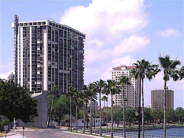 1 Beach Drive SE #1314, St Petersburg, FL 33701 (MLS #U8067934) :: Baird Realty Group