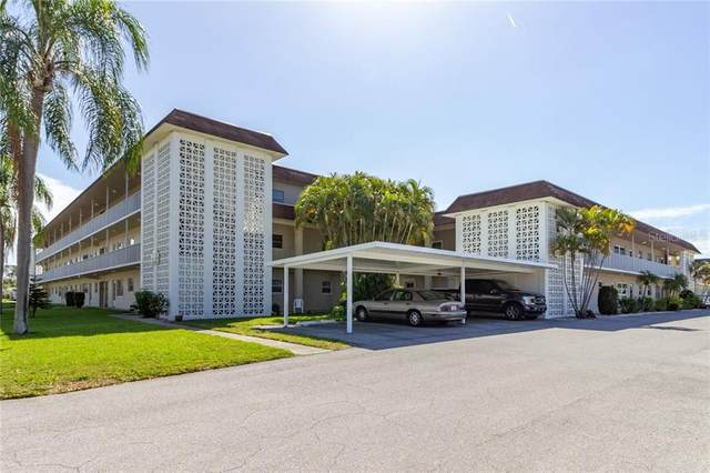 5720 13TH Avenue N 102B, St Petersburg, FL 33710 (MLS #U8077878) :: Godwin Realty Group