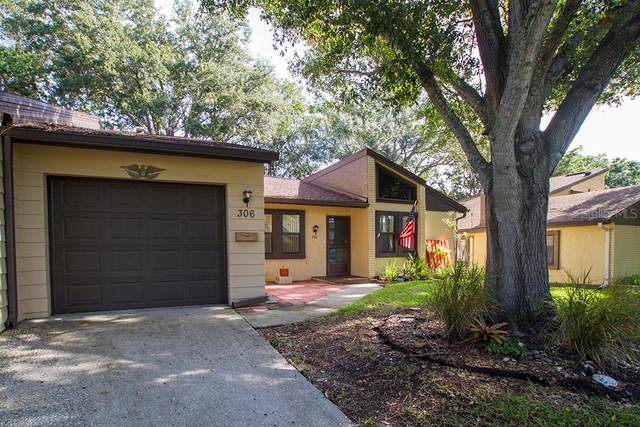 2101 Sunset Point Road #306, Clearwater, FL 33765 (MLS #U8092223) :: The Duncan Duo Team