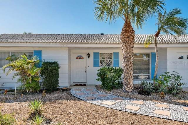 201 Isle Drive, St Pete Beach, FL 33706 (MLS #U8096726) :: Lockhart & Walseth Team, Realtors