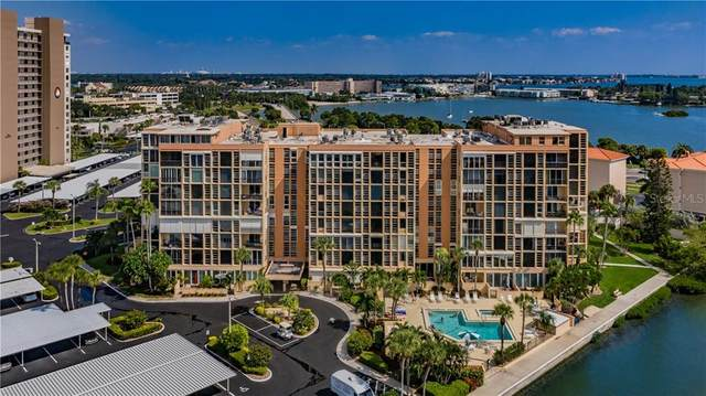 7400 Sun Island Drive S #304, South Pasadena, FL 33707 (MLS #U8101477) :: Team Buky