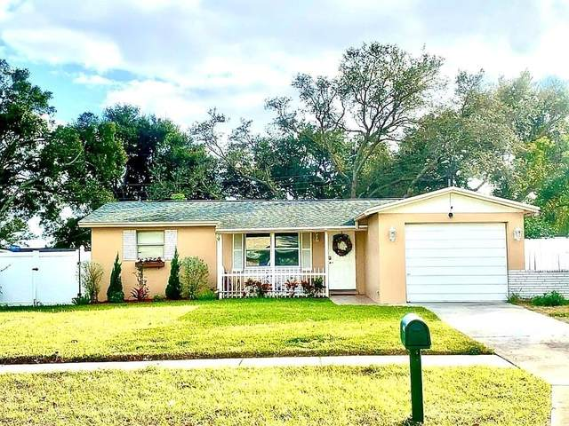 11374 126TH Avenue, Largo, FL 33778 (MLS #U8110467) :: Team Buky