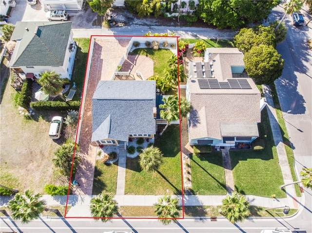 2104 Pass A Grille Way, St Pete Beach, FL 33706 (MLS #U8113351) :: The Hesse Team