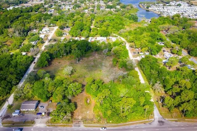 7821 Little Road, New Port Richey, FL 34653 (MLS #U8118843) :: Armel Real Estate