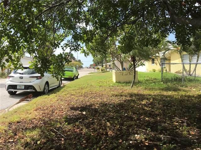 12607 Lagoon Lane, Treasure Island, FL 33706 (MLS #U8120173) :: Everlane Realty