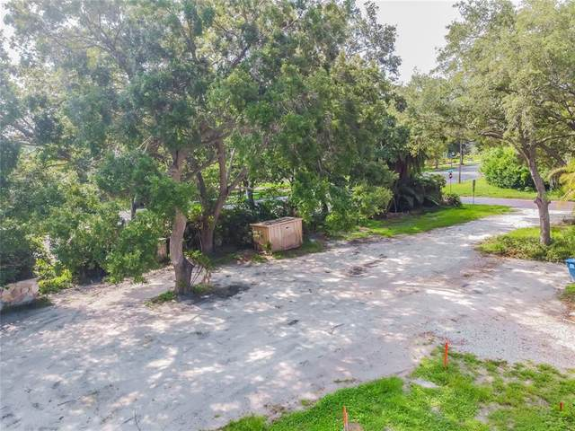 901 41ST Avenue N, St Petersburg, FL 33703 (MLS #U8127662) :: Team Turner